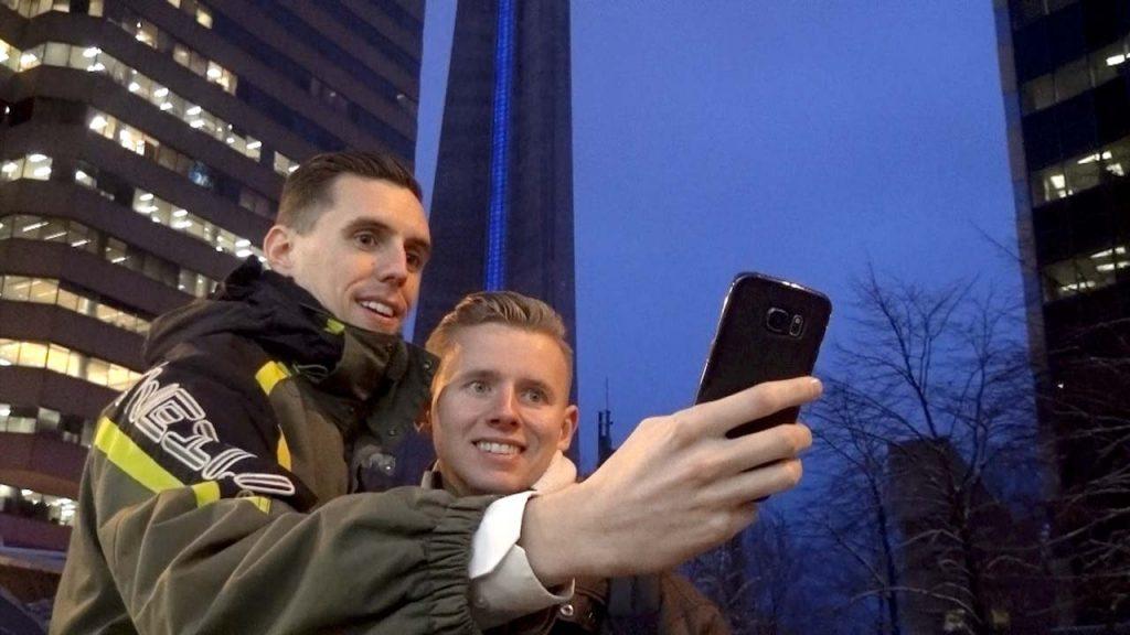 Dennis en Lody in Toronto - Het zaad en de 11 eitjes.